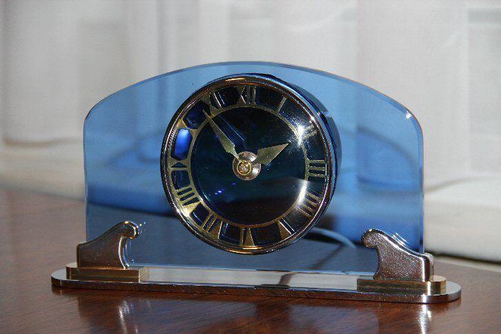 1935 SMITHS ART DECO BLUE GLASS ELECTRIC CLOCK – SUPERBly RARE CLOCK