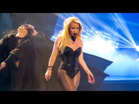 Britney Spears - Baby One More Time/ Oops I Did It Again Live From Las Vegas (Piece of Me Show) - YouTube