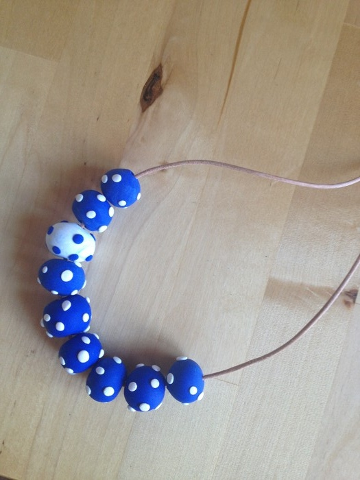 Polka Dot Blue & White Necklace - by meandmisslee on madeit