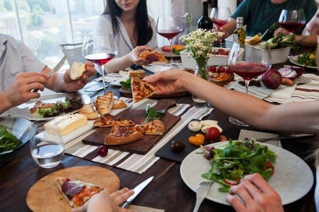 ダイエットの邪魔をする ついつい 食べ過ぎを防ぐ方法 サライ Jp