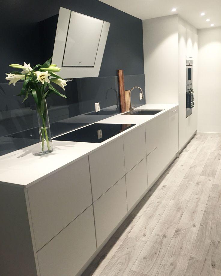 My kitchen by KVIK! Feel free to follow me on #Instagram @frutanem