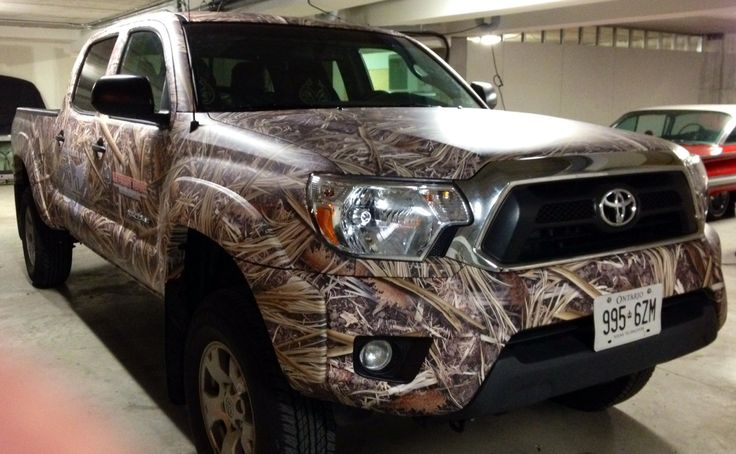 Another Total Camo vehicule wrap: this Tacoma was red!