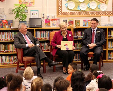September 30-October 4, numerous state, community and business leaders are participating in Georgia Pre-K Week 2013, a weeklong celebration of Georgia's Pre-K Program and its 20th Anniversary.   We are excited to announce that over 100  state leaders have signed up to read to a Pre-K class.  With over 300 Pre-K
