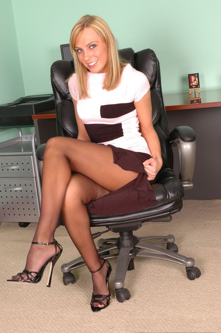 high heels v london escorts