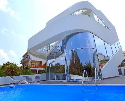Very futuristic and luyurious holiday home #luxury #croatia # designhouse
