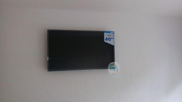Servicio de Instalación de soporte para pantalla en CDMX / DF.   Soporte para Pantalla Fijo con inclinación para pantalla de 40 pulgadas