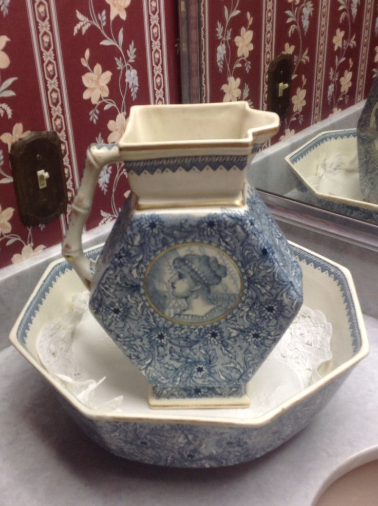 179 best Pitcher and Bowl Sets & Wash Stands images on Pinterest ...