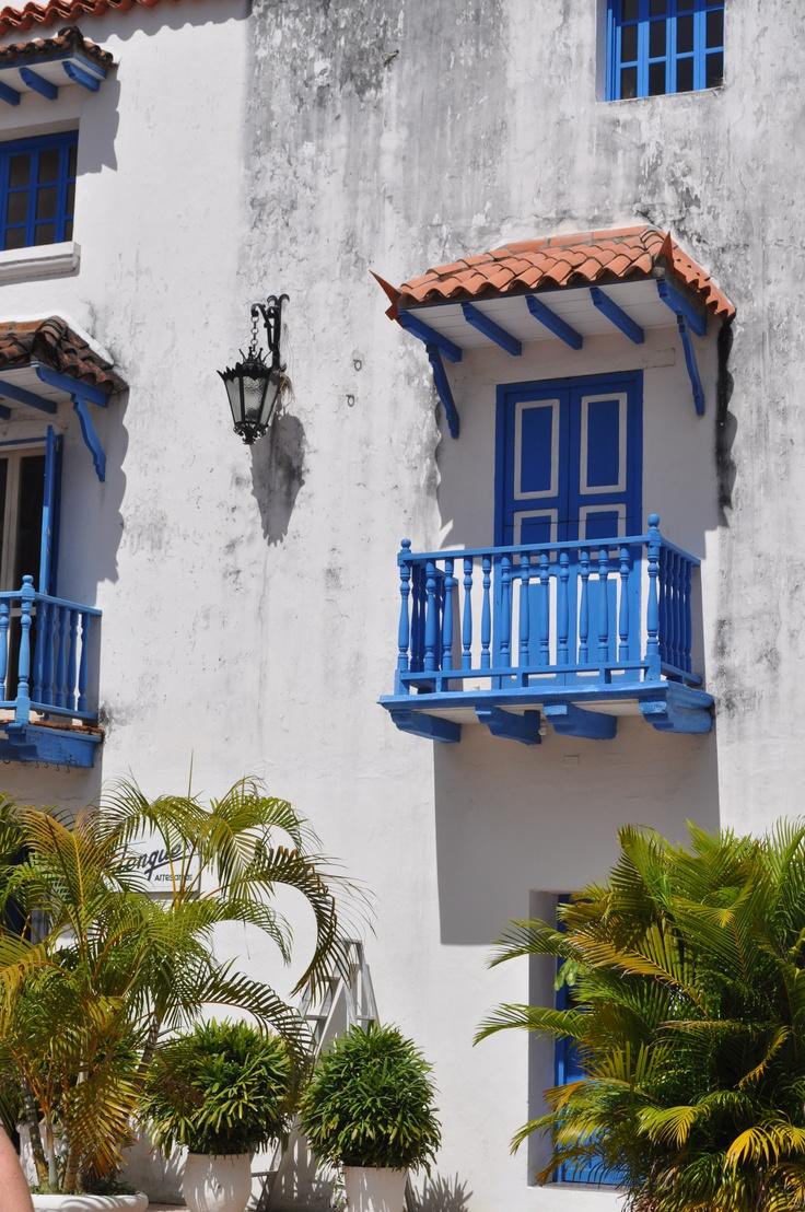 Love the blue door and balcony in Cartagena, Columbia!