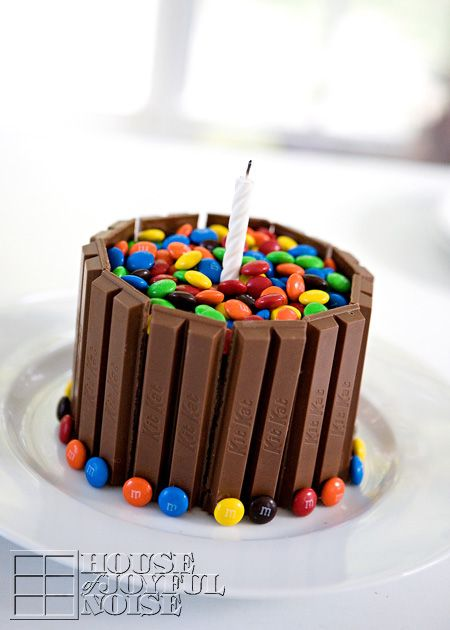 Fun cake idea for a chocolate/candy lover :)