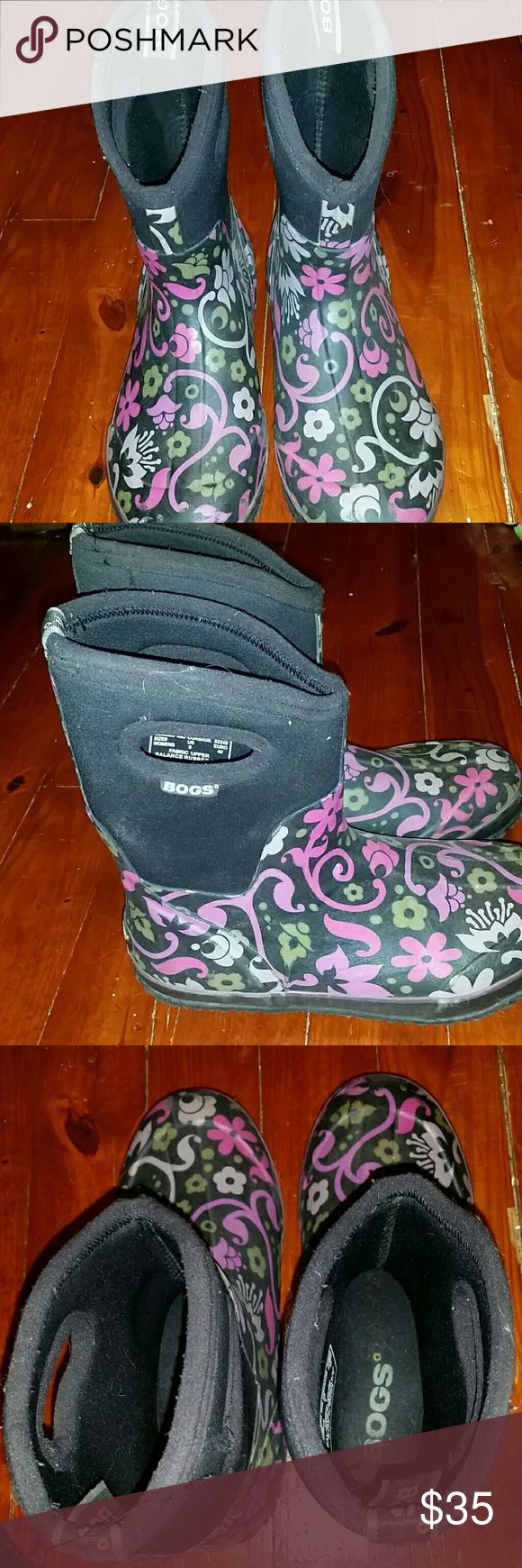 Bogs Winter Boots Gently worn. These boots are super warm and keep your feet really dry. There is a small snag on the one boot (I included a picture). Bogs Shoes Winter & Rain Boots