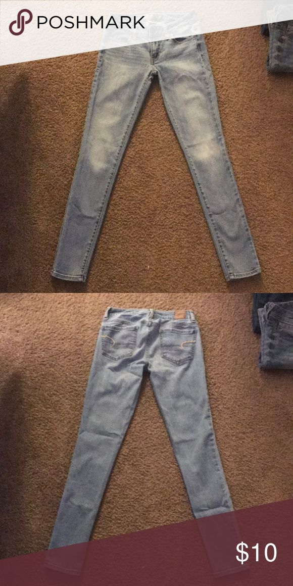 Super Stretch Jeans Brand new conditions, no wear and tear. Love these jeans, the color and the fit! They look fabulous on as well! American Eagle Outfitters Jeans Skinny