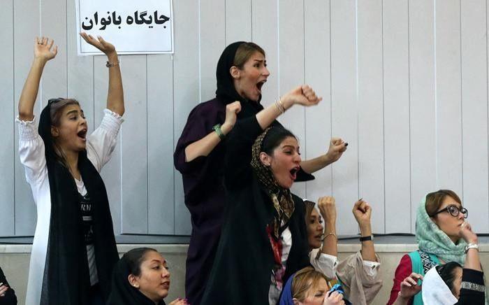 Lettres de Téhéran - En Iran, les femmes remportent une victoire dans la conquête des stades - Libération.fr