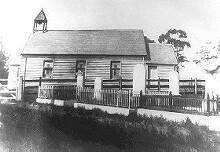 St. George's Anglican Church at the corner of Forest Avenue and Roads,Hurstville,in southern Sydney (year unknown).Built in 1856.