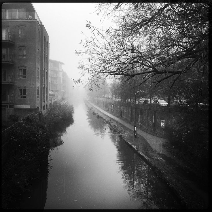 Foggy- canal through jericho (breakbeat) Tags: jericho oxford canal waterway river mist fog hipstamatic app iphone6 blackandwhite monochrome foggy misty winter atmospheric trees
