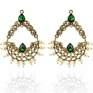 Sufya Earrings http://blossomboxjewelry.com/e1315.html #jewelry #indian #fashion #bollywood #designer #earrings #emerald #green #gems