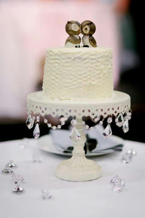 Wedding cake owls
