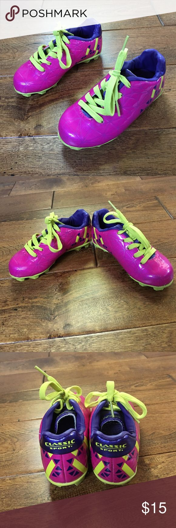 Classic Sport toddler soccer cleat PINK! *upper synthetic material provides comfort *rubber outsole for greater durability  *traditional lacing system for support and comfort.  *includes comfort insoles. Might have been worn once they look almost new! Shoes Sneakers