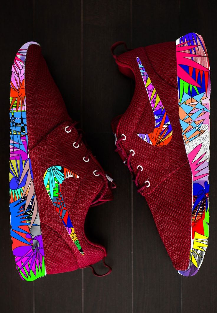 Neon Nikes #shoes #sneakers https://tmblr.co/ZnVlHd2OD7XUq