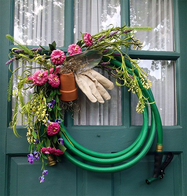 17 best images about summer door wreaths on pinterest for Garden hose idea