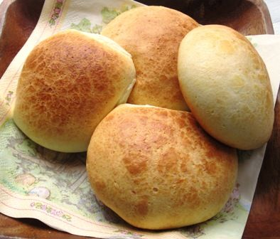 Pan de Yuca (traditional Colombian bread made from yuca flour) - after eating 4, i had to google the recipe.