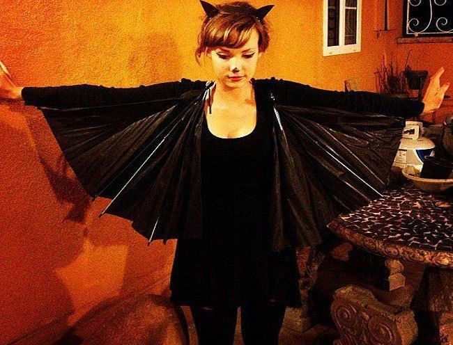 Crazy, Fun and Interesting #Halloween #Fashion for You and Your Family: Homemade Halloween costume ideas  - How to make a bat costume from home | #FashionLady