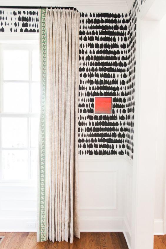 Schumacher Queen of Spain Wallpaper Black 5005881 (Priced
