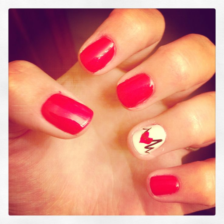 Nursing nails!
