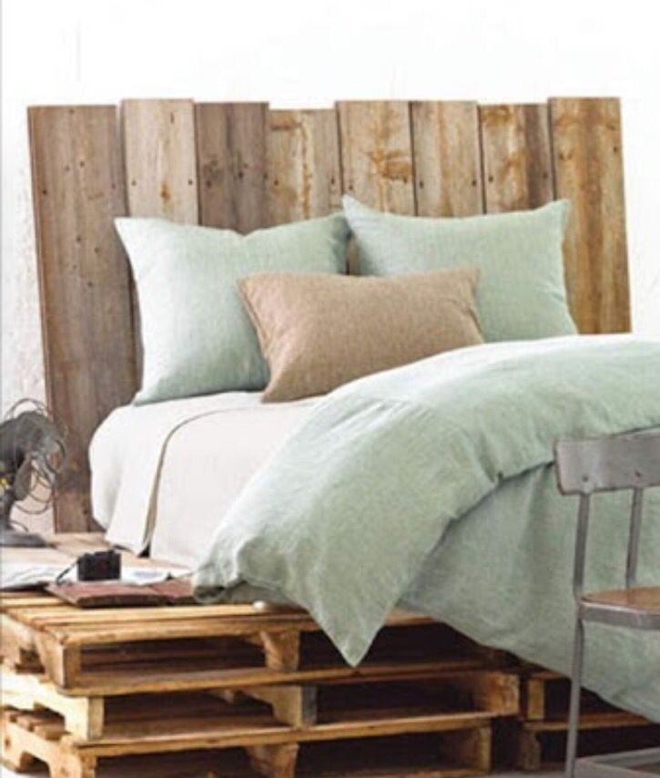 Wooden Pallet / Crate Bed / Furniture