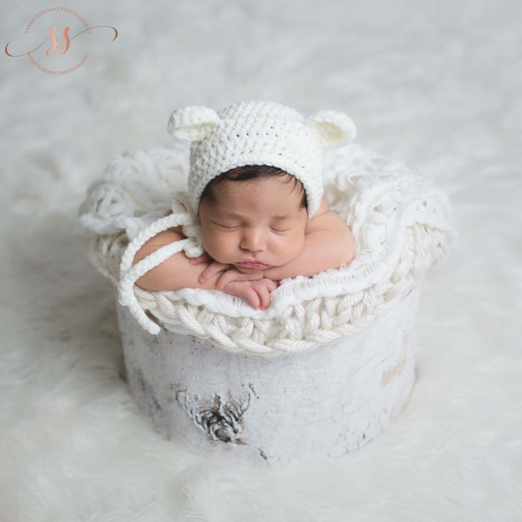 Crochet white baby newborn bonnet bear hat teddy bear crocheted photo prop