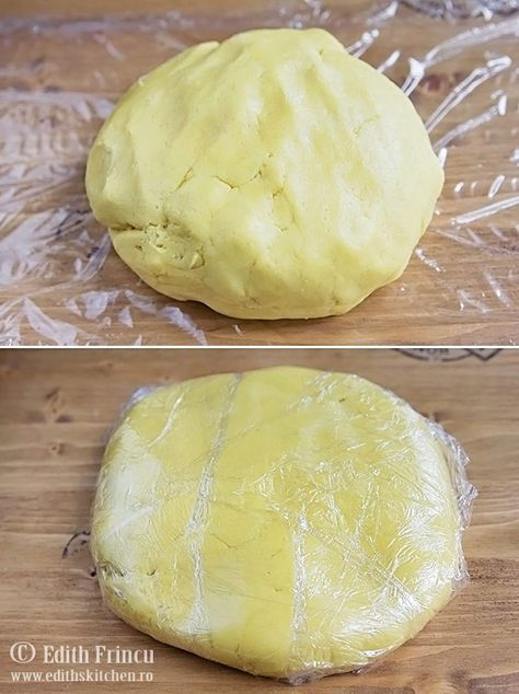 Biscuiti grecesti cu unt si galbenusuri de ou, fragezi si aromati, cu o textura frageda si delicioasa.