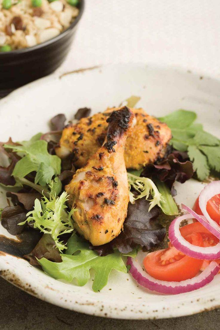 Le yogourt qu'on retrouve dans la marinade aide à conserver la fraicheur et les jus du poulet. | Le Poulet du Québec
