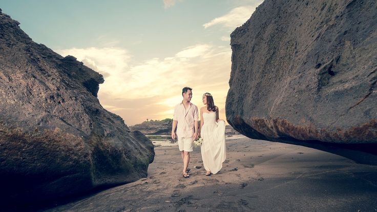 Summer Engagement Photoshoot ideas - Pat Law Photography