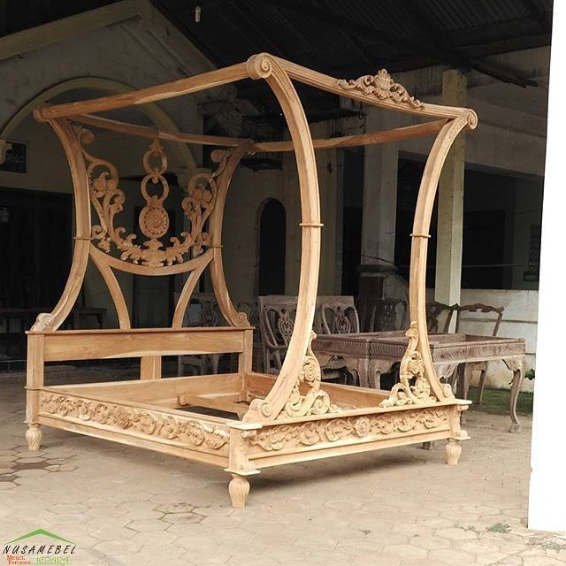 Canopy #Rococo #Bed with Floral #Carvings Motif Safrida by #NusaTeak Unfinished products  PIN: 7658A033 Call WA: 6281908021000 Inquiry: info@nusateak.com Site: NusaTeak.com  #Mebel #Furniture #Meuble #Home #Decor #Interior #RococoBed #HomeDecor #RococoStyle #HomeInterior #MahoganyBed #CanopyBed #FurnitureDesign #Carvings #InteriorDesign #Design #Indonesia #Etsy #BedroomFurniture
