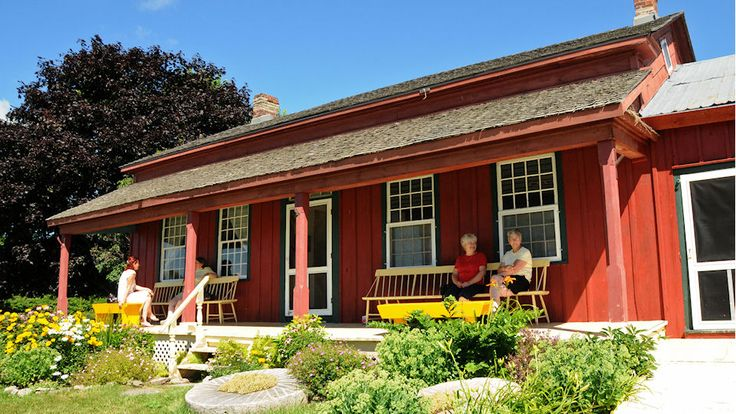 Rose House Museum in Waupoos -  ... details