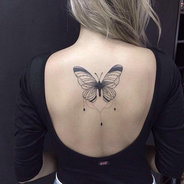"Tatuagem feita no <a href=""http://instagram.com/estudioartenapele"">@estudioartenapele</a> - Borboleta ornamental criada pelo tatuador Rafael Zanganelli"