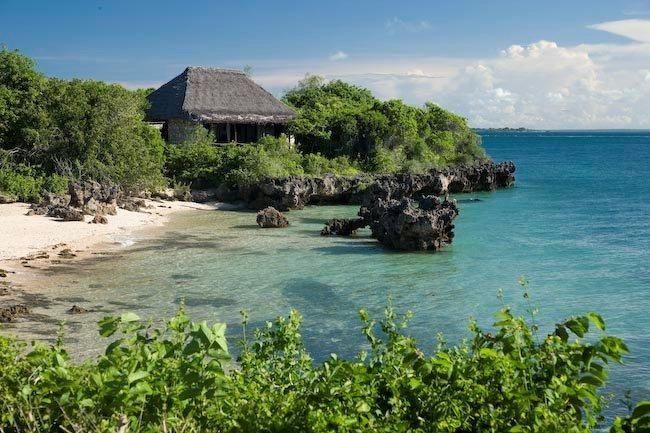 Azura Qualilea, Northern Mozambique #travelconcepts #beachhoneymoondestinations #Africanhoneymoons #luxuryhoneymoons #destinationhoneymoons
