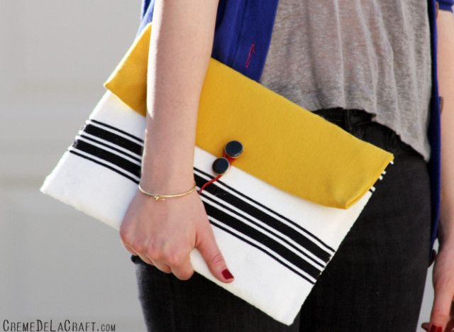 Craft Of The Day: A Chic iPad Case Made From A Bubble Envelope