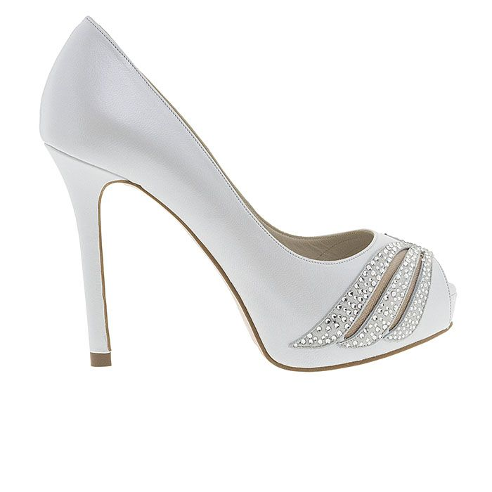 110324-WHITE LEATHERwww.mourtzi.com #peeptoes #heels #mourtzi #bridal #weddingshoes #bride