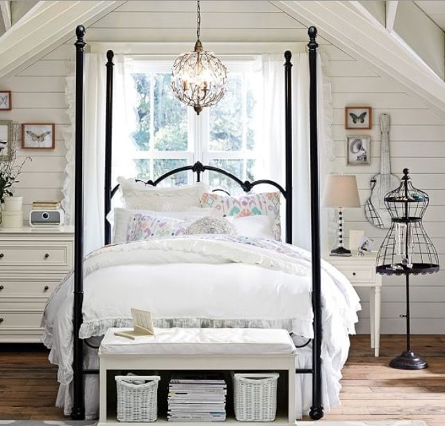 17 Best Ideas About Teenage Attic Bedroom On Pinterest