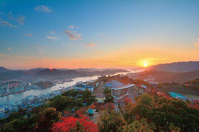 【しまなみ海道近郊・広島】フォトジェニックな旅スポット17選~絶景夕暮れ、島景色も♪~