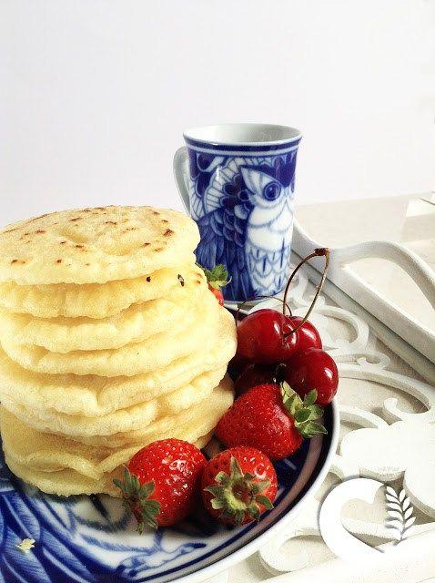 Pancakes vegani e senza glutine, senza latte, senza uova