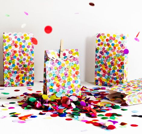 Confetti: Goodies Bags, Polka Dots, Gifts Bags, Treats Bags, Lunches Bags, Confetti Parties, Parties Bags, Parties Favors Bags, Lolly Bags
