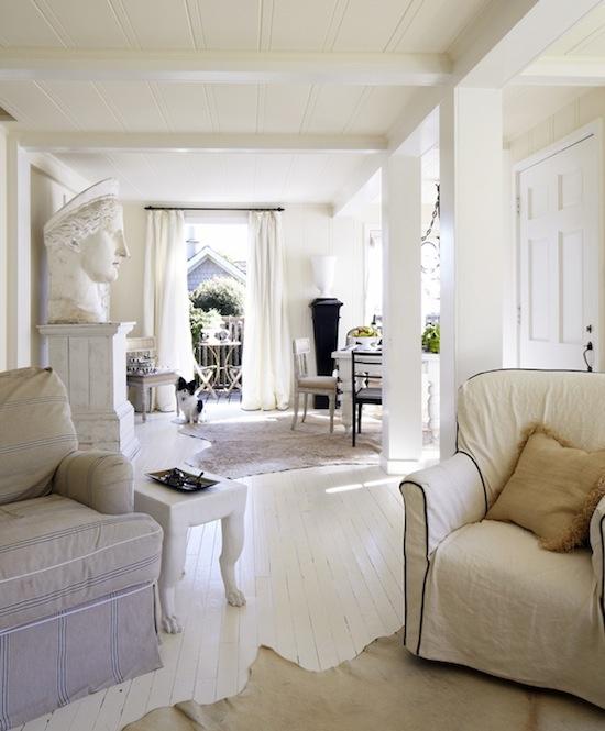 White Living Spaces: Neutrals & Wabi Sabi On