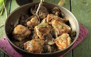 Chicken and Mushrooms in a Sweet Wine Sauce!