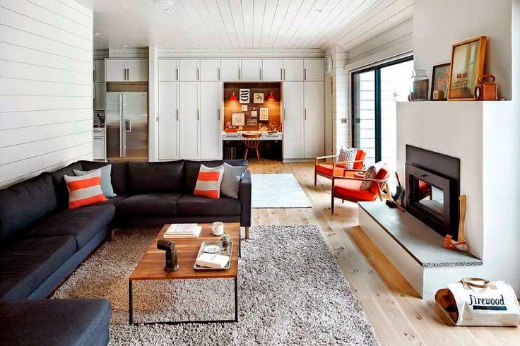 Moderni koti - A Modern Home  NY Times   Tämä kodin omistajien toiveena oli rakentaa koti, joka on kestää lapsiperheen arjen pyörityksen. ...