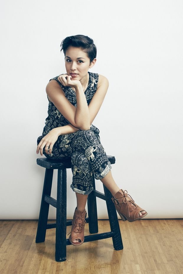 Music: YouTube Artist Kina Grannis is in Her Element | Verily Magazine | Less of Who You Should Be, More of Who You Are