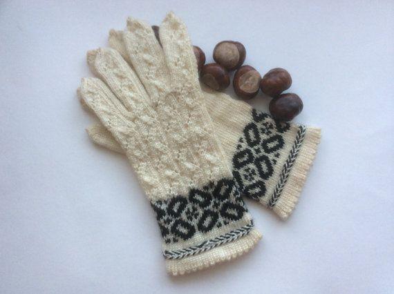 Handgestrickte Handschuhe, gemusterten Wolle Handschuhe, weiße Handschuhe, lettischen Fäustlinge mit Ornament, Kabel stricken weiße Handschuhe, Frühjahr Handschuhe