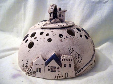 Halbkugel 3 Häuser von Conni`s Keramik und ausgefallene Bilder auf DaWanda.com