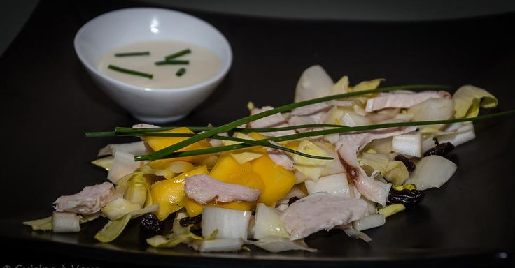 Cuisine-à-Vous: Witloofsalade met gerookte kip en mango