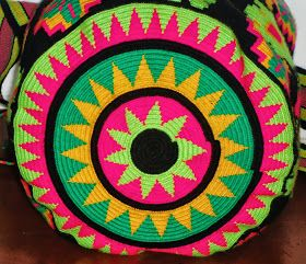 Wayuu Mochila: BOTTOM WAYUU MOCHILAS